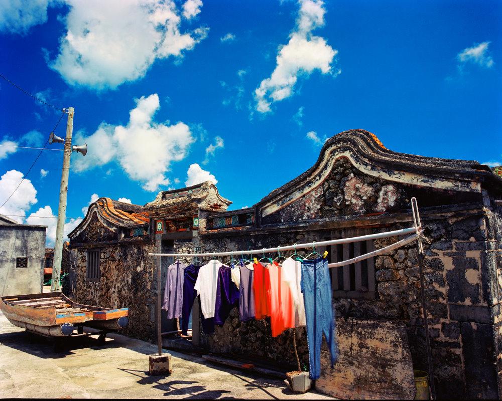 Oid Building .Deep Feeling—Zhang Wan-xing's Photography Exhibition